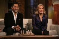 Cliff Curtis, Kim Dickens - Talking Dead _ Season 5, Episode 18 - Photo Credit: Jordin Althaus/AMC